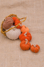 Beautiful And Cozy Knitted Woo...
