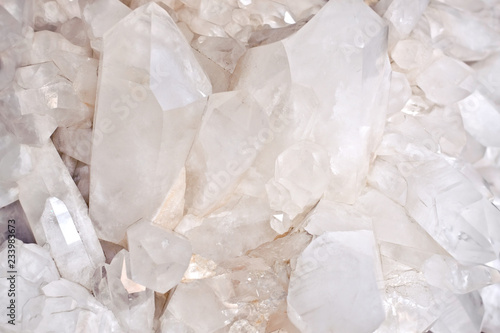 Fototapeta  quartz crystals background