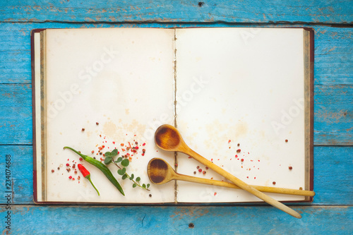 Cuadros en Lienzo Vintage recipe book with empty pages, spices and wooden spoons, menu template,fr