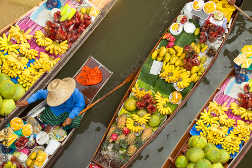 Photo floating market thailand bangkok