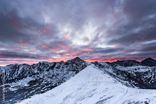 Plakat Świt w Tatrach