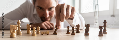 Fotomural Businessman brainstorming as he creates business strategy