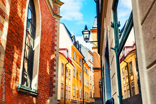 Photo  Beautiful street with colorful buildings in Old Town, Stockholm, Sweden