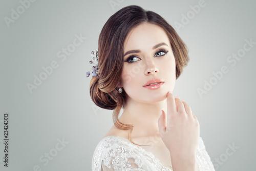 Fotografía Fashion portrait of charming young woman