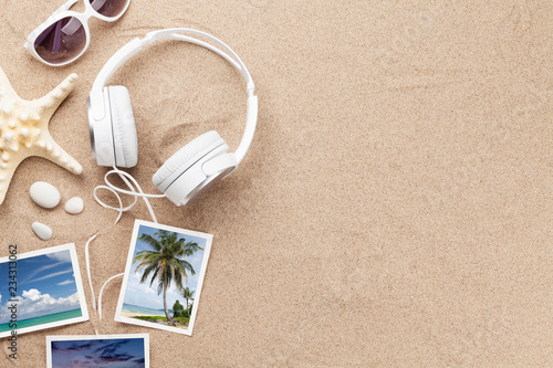 Cadres-photo bureau Magasin de musique Travel vacation and music concept