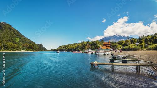 Foto auf Gartenposter Blau Jeans Todos los Santos Lake - Los Lagos Region, Chile