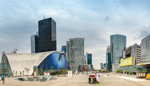 Obraz View from La Grande Arche to the business district of La Defence, Paris, France, no people - fototapety do salonu