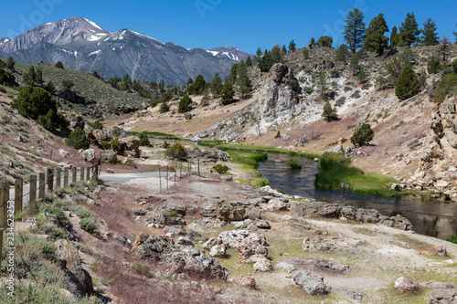 Photo  Hot Creek thermal pools near Mammoth Lakes