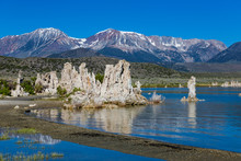Mono Lakes With Tufa Outcrops ...