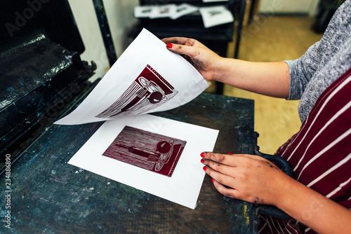 Fotografering linocut. manual printing on the machine