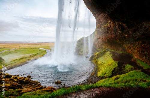 Montage in der Fensternische Wasserfalle Perfect view of famous powerful Seljalandsfoss waterfall in sunlight. Location place Iceland, sightseeing Europe.