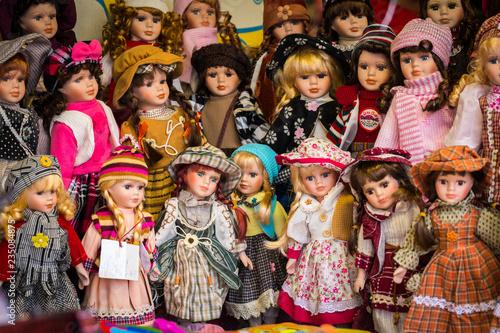 Fotografia, Obraz vintage dolls with traditional costumes