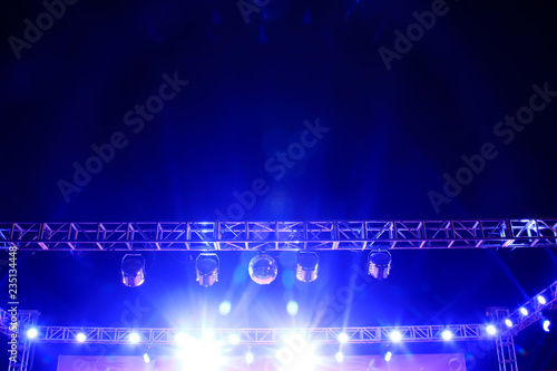 Photo  stage lighting effect in the dark, closeup photo