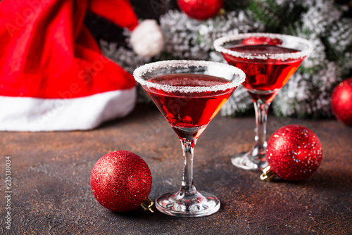 Obraz na plátně Christmas festive cocktail red martini