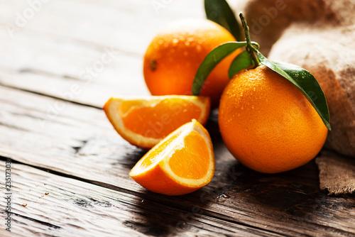 Fresh Italian oranges - 235173034