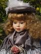 canvas print picture - Dekorative, klassisch gekleidete Puppe