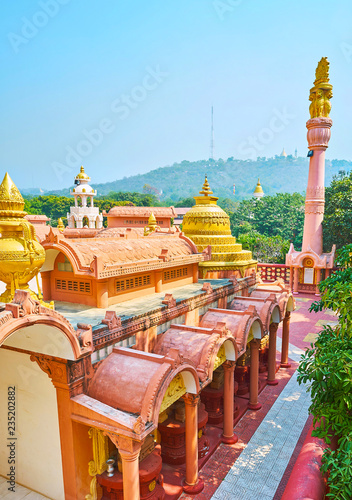 Deurstickers Asia land Enjoy the beauty of Sitagu International Buddhist Academy pagoda from above with a view on lush greenery of Sagaing Hill on the background, Myanmar.