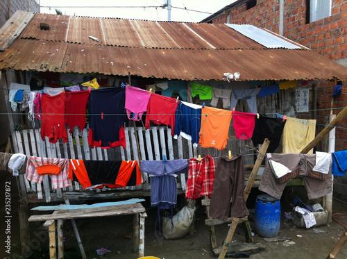 Fotobehang Zuid-Amerika land panni stesi ad asciugare, ecuador