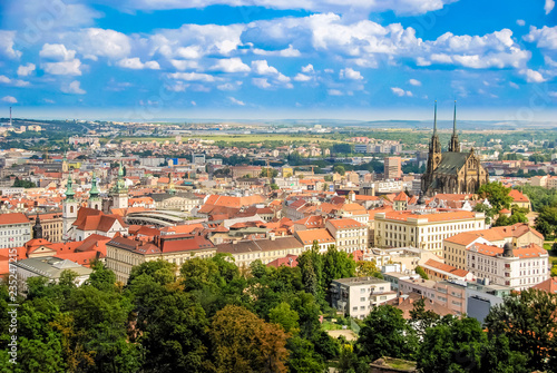 Fotografía  Landscape of Brno from the hill of the Spilberk castle, Spielberg, Czech Republi