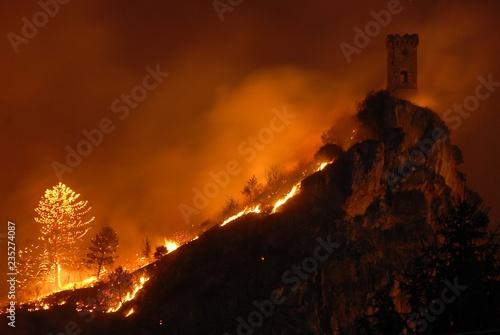 Fotografía  Incendio monte pisano