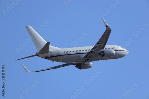 Papel de parede  旅客機 B737 離陸