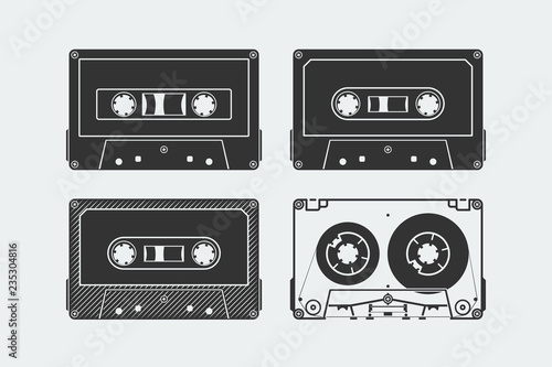 Foto Silhouettes of compact cassettes or tapes