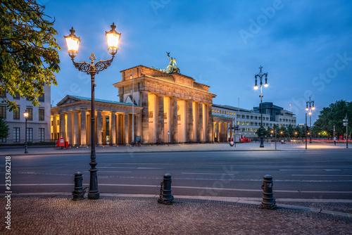 In de dag Centraal Europa Brandenburger Tor in Berlin, Deutschland