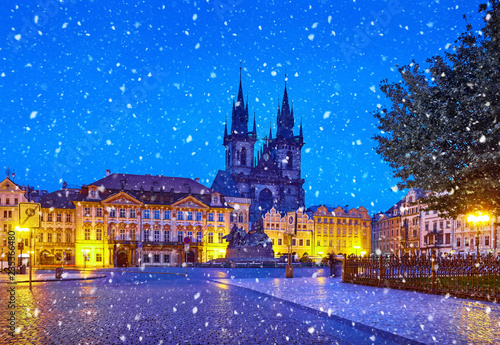 Foto op Plexiglas Praag Prague, Czech Republic Central Old Town square in Night view