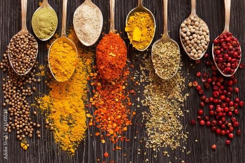 Foto auf AluDibond Gewürze Spices