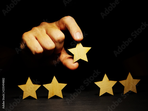 Increase rating. Assessment of business with five stars.