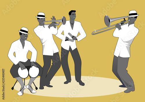 zespol-lacinski-czterech-latynoskich-muzykow-grajacych-na-bongosach-trabce-klawesach-i-puzonie