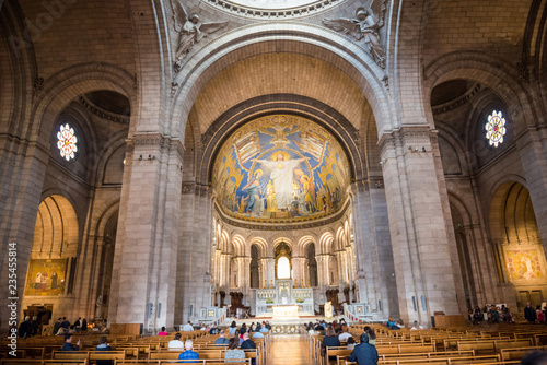 Photo  Inside of basilica on Montmartre in Paris