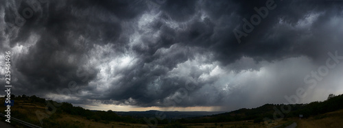 Foto auf Leinwand Onweer sky with storm clouds dark