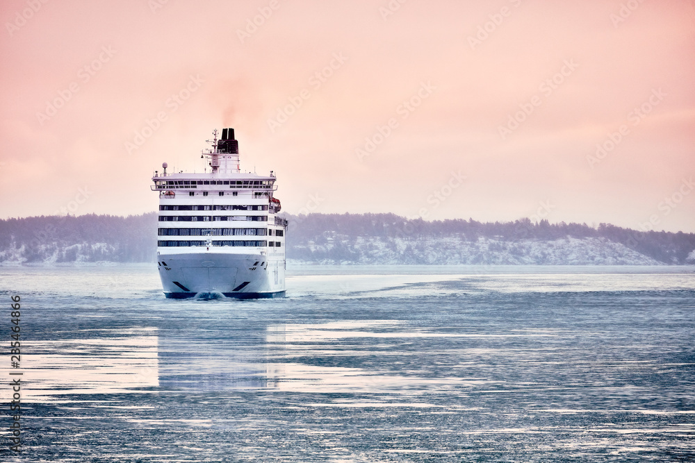 Fototapety, obrazy: Ferry to Scandinavia. Cruise ship. Nature of the fjord and ice