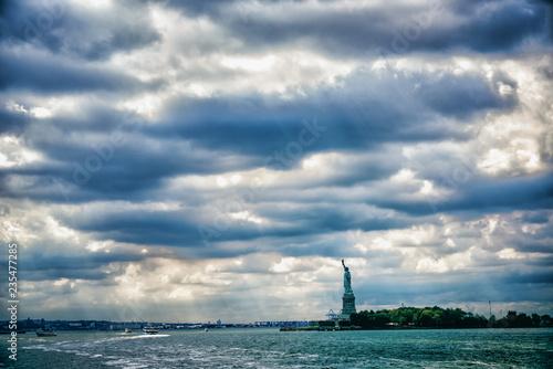 Freiheitsstatue über New York