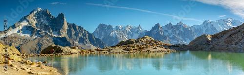 Papiers peints Bleu Randonnée autour du massif du Mont-Blanc