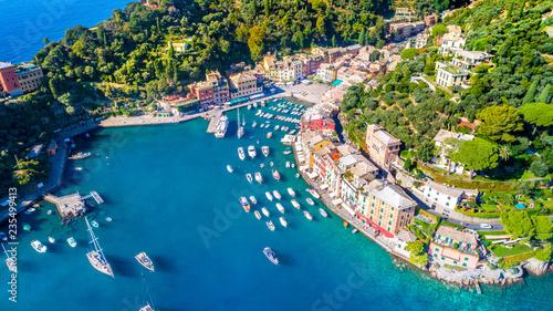 Cadres-photo bureau Nice Beautiful sea coast with colorful houses in Portofino, Italy. Summer landscape