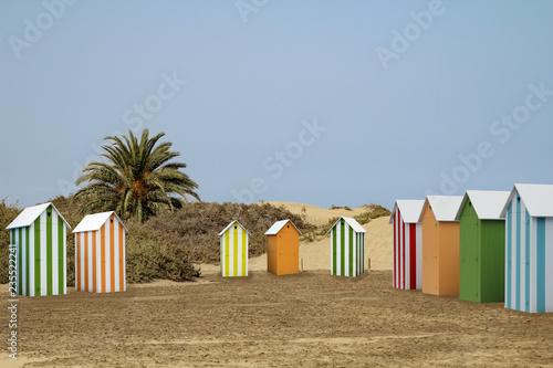 Fotografie, Obraz  Umkleidekabinen am Strand