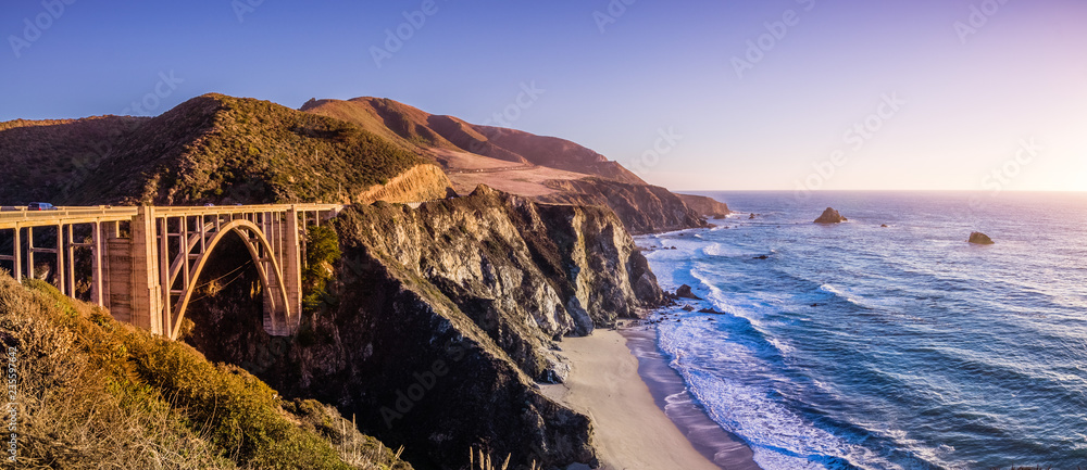 Fototapety, obrazy: Panoramic view of Bixby Creek Bridge and the dramatic Pacific Ocean coastline, Big Sur, California