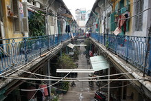 Block Of Houses At Hao Si Phuong Alley In District 5, Ho Chi Minh City. This 100 Years Old Ancient Town Located On Narrow Street At 206 Tran Hung Dao B Street, China Town.