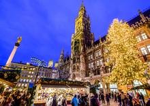 Christmas Market In Munich - G...