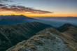 Tatry Zachodnie o wschodzie słońca widziane z Bystrej.