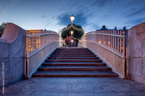 Fototapeta Ha'penny Halfpenny Bridge