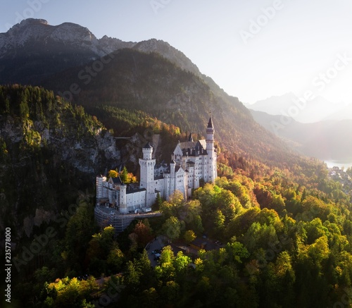 Fairy Tail Castle Neuschwanstein at Sunset – Germany Fotomurales