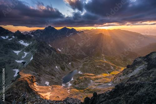 Zachód słońca widziany z Małej Wysokiej  w Tatrach.