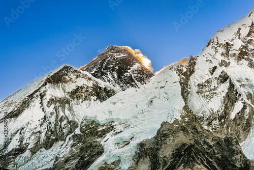 Deurstickers Asia land Mt. Everest peak panoramic view from Kala Patthar.