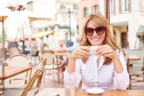 Relaxed woman enjoy her coffee Tapéta, Fotótapéta