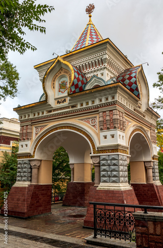 Photo Triumphal Arch. Architectural landmark of Vladivostok