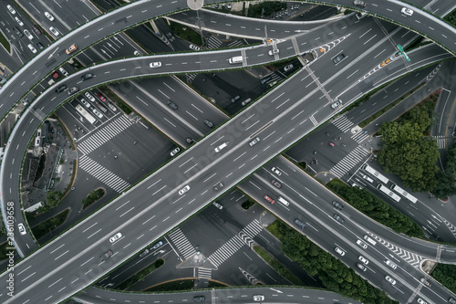 Fotomural Aerial view of highway and overpass