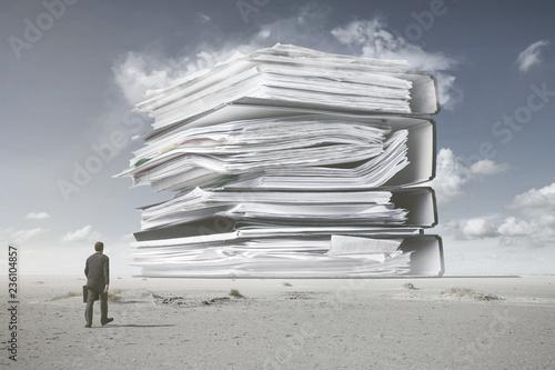 Fotografía Ein Berg von Papierkram